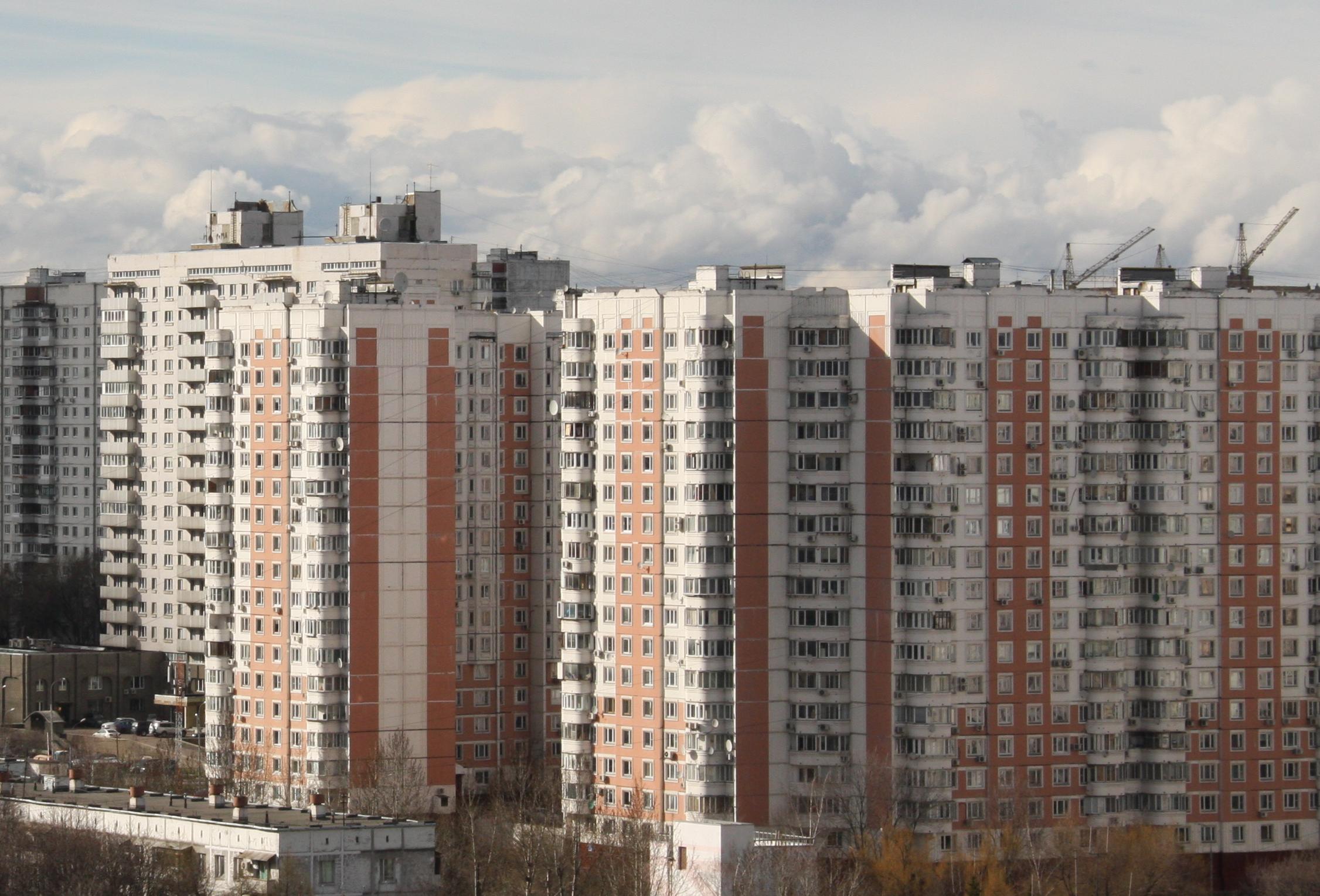 купить двухкомнатную или трехкомнатную квартиру в Отрадном